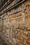 在佛教寺庙的古老石雕刻 免版税库存图片