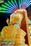 在佛教寺庙的寺庙节日在Nakhonpathom,泰国 库存图片
