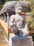在佛教寺庙的Garudastatue 库存图片