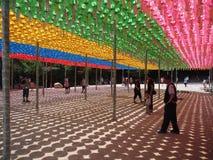 在佛教寺庙,韩国的纸灯 免版税库存照片