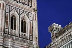 在佛罗伦萨大教堂和钟楼的蓝色小时 免版税库存图片