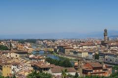 在佛罗伦萨美丽的老镇的看法  库存照片