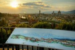 在佛罗伦萨,意大利的晚上视图 库存图片