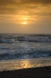 在佛罗里达东海岸的五颜六色的日出  库存图片