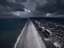 在佛罗里达海岸的风暴  库存图片