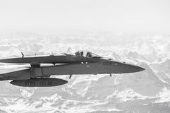 在作战义务的喷气式歼击机 库存照片