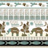在佩兹利样式的花卉和动物无缝的样式 装饰印地安背景 免版税库存照片