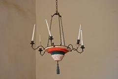 在使命La Purisima的蜡烛枝形吊灯 免版税图库摄影