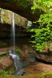 在俄亥俄的Hocking小山的岩石桥梁 库存图片