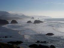 在俄勒冈海岸的日落 免版税库存图片