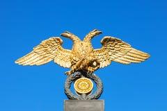 在俄国博物馆的格栅的老鹰,圣彼得堡 免版税库存照片