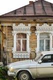 在俄国房子的Windows 免版税图库摄影