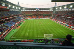 在俄罗斯国家队和象牙海岸之间的足球比赛 免版税库存图片