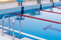 在保加利亚语Kranevo的新的室外游泳池 图库摄影