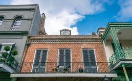 在保守主义者街上的古老住宅豪宅 法国街区,新奥尔良,路易斯安那,美国 免版税图库摄影