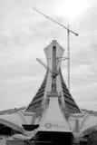 在修理中蒙特利尔奥林匹克体育场塔 免版税库存照片