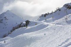 在倾斜的山skitrack 图库摄影