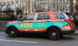 在假日绘的NYPD车 库存照片