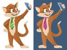 在做selfie的领带的滑稽的动画片猫 库存照片