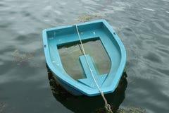 在停泊的划艇 免版税库存照片