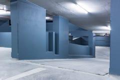 在停车处的空的空间 免版税库存图片