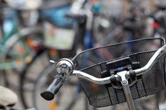 在停车处的自行车 免版税库存图片