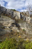 在充分的高度和路,伊斯克尔河污蔑,索非亚省的壮观的Lakatnik岩石 库存图片
