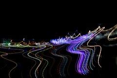 在光线影响做的行动的多彩多姿的镶边线,光落后 免版税图库摄影