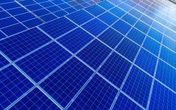 在光致电压的盘区的空中寄生虫视图在太阳农场 免版税库存图片