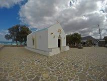 在克利特海岛上的小基督教会 库存图片
