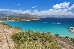 在克利特海岛的Mirabello海湾在希腊 图库摄影