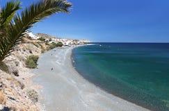 在克利特海岛,希腊的Mirtos海滩 免版税库存图片