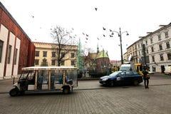 在克拉科夫街道上的圣诞节  免版税库存图片