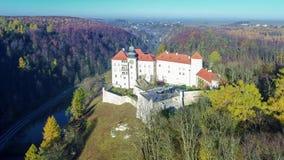 在克拉科夫,波兰附近的Pieskowa Skala城堡 股票录像