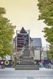 在克赖斯特切奇大教堂前面位于的Godley雕象在大教堂广场作为记念对约翰罗伯特Godley 库存照片
