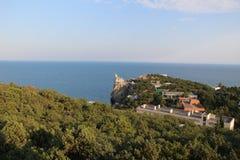 在克里米亚半岛半岛的海吞下` s巢某处 免版税库存照片