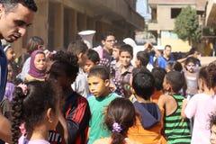 在党的埃及孩子在慈善事件在吉萨棉,埃及 免版税库存照片