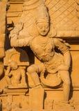 在入口Brihadeswarar寺庙Gopuram的Dwarapalaka  免版税库存图片