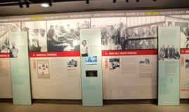 在全国民权博物馆里面的完整色彩的墙壁展览洛林汽车旅馆的 库存图片