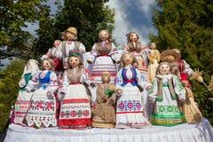在全国衣裳的白俄罗斯玩偶 免版税库存照片