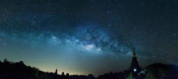 在全景射击的银河 免版税图库摄影