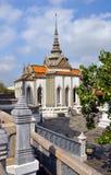 在全部宫殿的半球形的寺庙,曼谷泰国 免版税库存照片