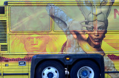 在公共汽车的狮子王标志 库存照片