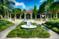 在公园的喷泉在湖水地区, FL 免版税库存照片