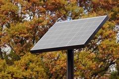 在公园的太阳电池板 免版税库存照片