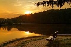 在公园的日出 库存图片
