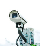 在公园设置的安全监控相机 免版税库存照片