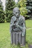 在公园Muzeon,古铜雕刻圣雄甘地 雕刻家D. Ryabichev,建筑师V. Nesterov Ryabichev 免版税库存照片
