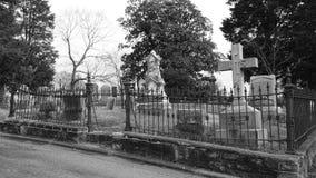 在公墓 免版税库存图片