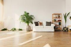 在公寓的休闲空间 免版税库存照片